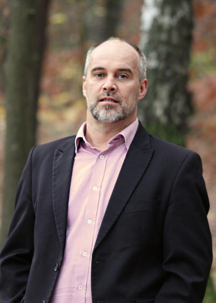 Adam Lesiuk portret